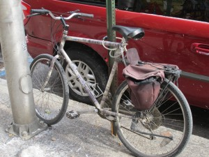 Vintage mountain bikes with a few modifications make for great city  transportation vehicles.