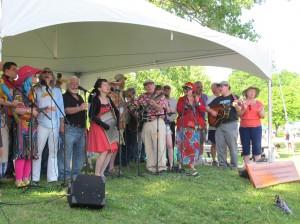 Beacon Sloop Club members celebrate with song.
